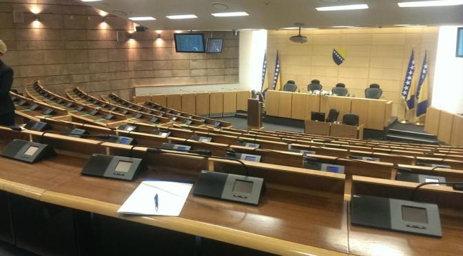 Zapošljavanjem protiv 'odliva mozgova'? – Izlaganje na tematskoj sjednici Parlamenta FBiH o iseljavanju stanovništva